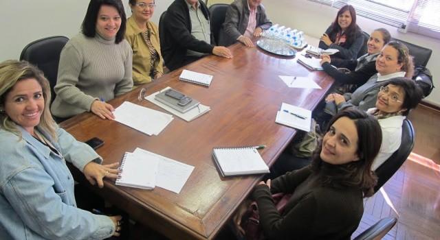 Grupo responsável pela organização da programação e realização da semana