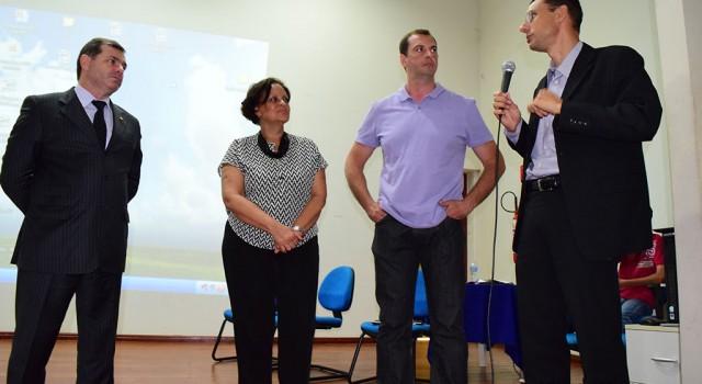 Robson Robin, Marta Helena, Ricardo Zavarello e o vereador Anderson Christofoletti.