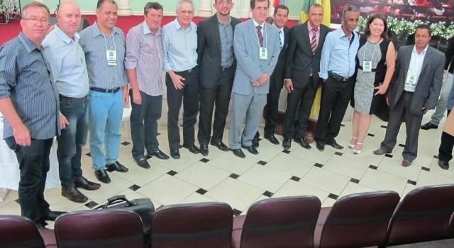Vereadores do Aglomerado Urbano de Piracicaba reunidos em Conchal