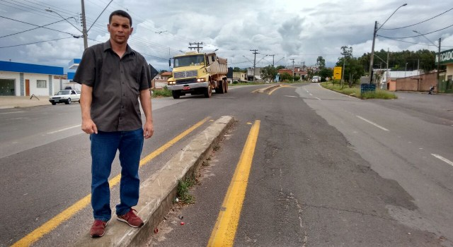 Luciano Bonsucesso solicita apoio para melhorias na antiga Estrada Velha de Ipeúna