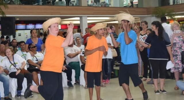 A abertura oficial da Semana Municipal da Pessoa com Deficiência foi realizada segunda-feira, 18, no Shopping Rio Claro
